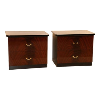 Pair of Modern Italian Mahogany Nightstands Tables For Sale