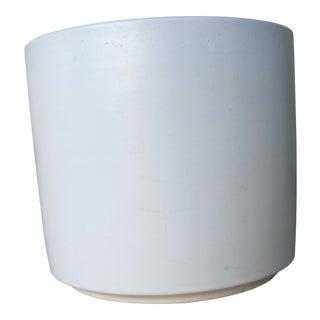 Mid-Century Matte White Gainey Pot For Sale