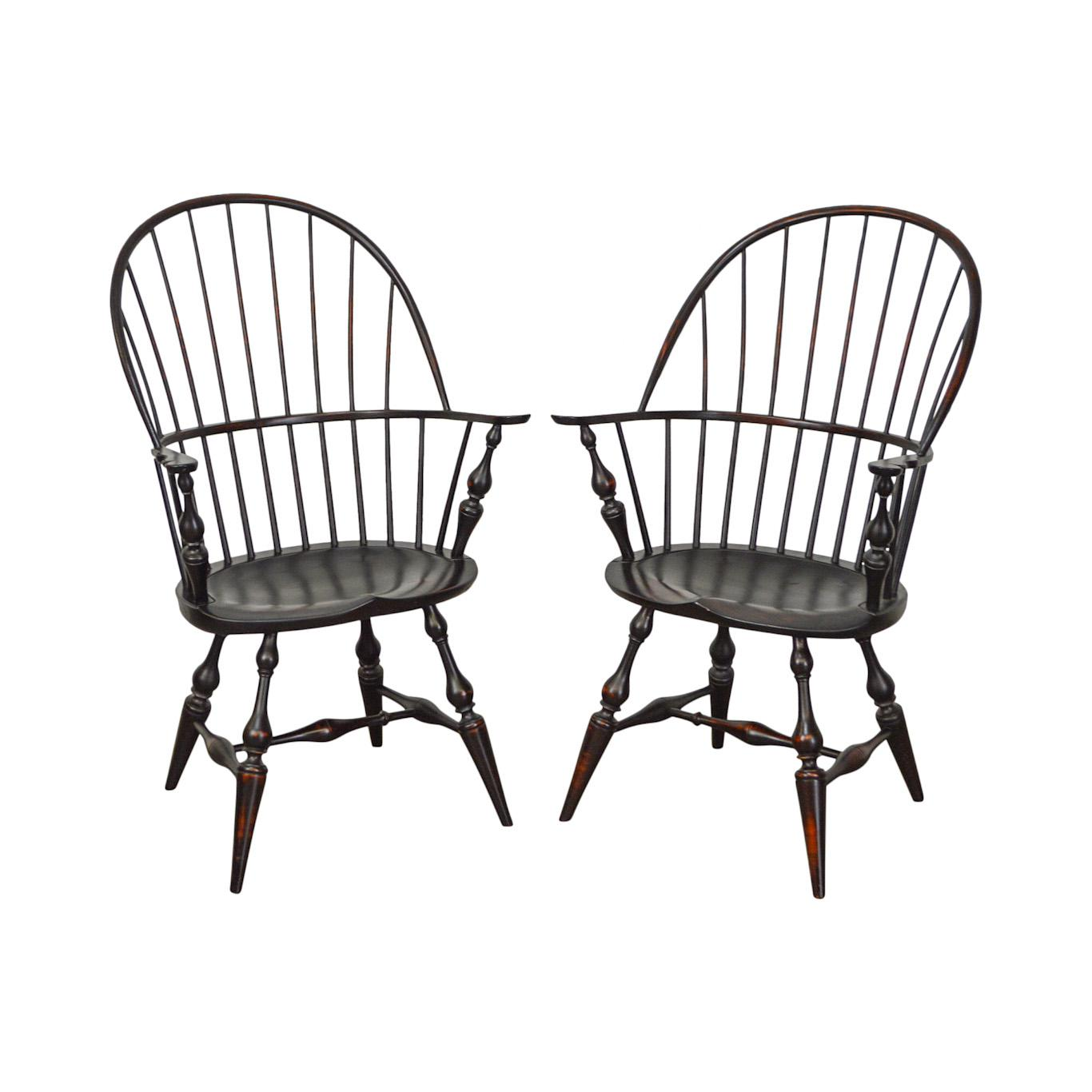 DR Dimes Bow Back Painted Windsor Arm Chairs   A Pair For Sale   Image 13