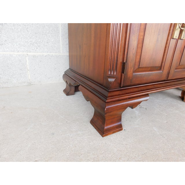 Pennsylvania House Chippendale Style Solid Cherry Nightstands - a Pair For Sale - Image 10 of 13