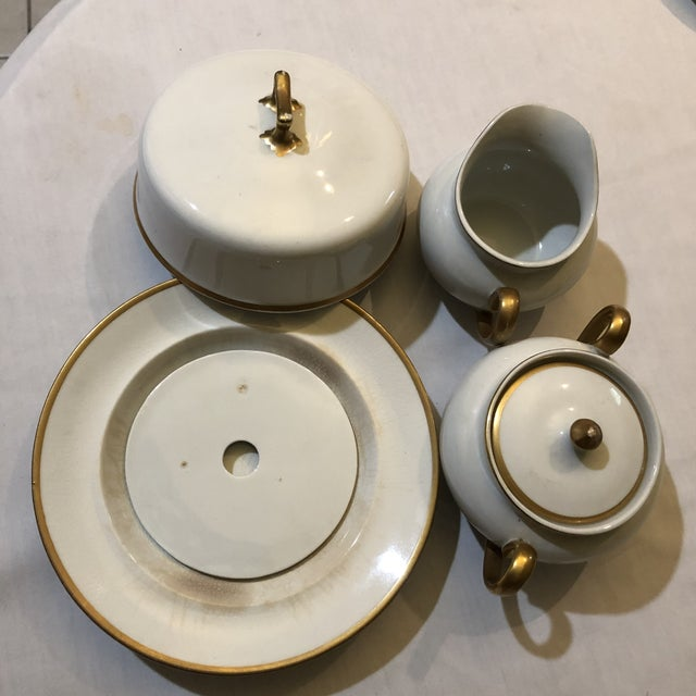 Ceramic 18th Century W. H. Grindley & Co Chine Marengo Pattern White Gold Trim Dinnerware - 83 Pieces For Sale - Image 7 of 13