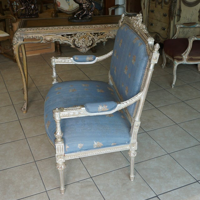 Hand Carved European Settee - Image 4 of 8