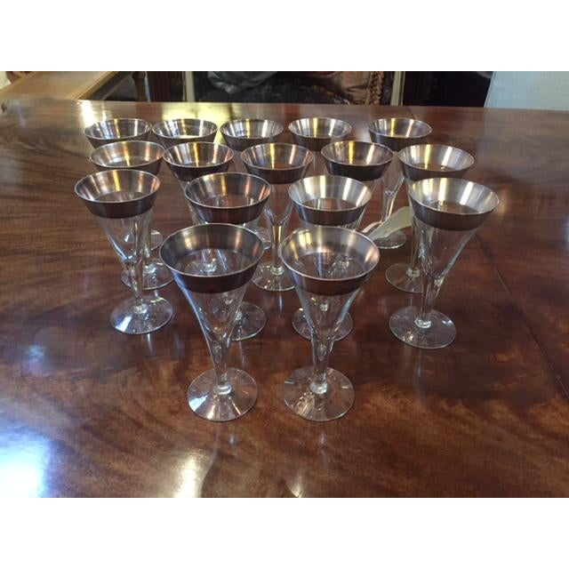 """Dorthy Thorp 16 piece wine glasses. 6"""" Tall 3"""" Wide"""