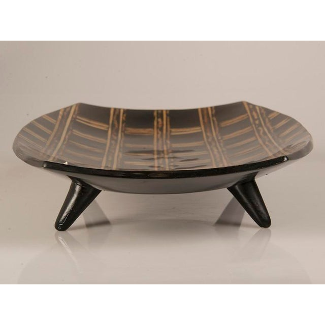 Modern Large Black Lacquer Tray Inlaid with Bamboo, Malaysia For Sale - Image 4 of 7