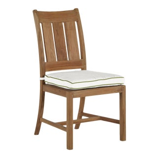 Summer Classics Croquet Teak Side Chair in Linen Snow with Wasabi Welt For Sale
