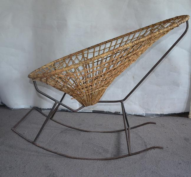 1960u0027s Acapulco Rocking Chair For Sale   Image 4 ...