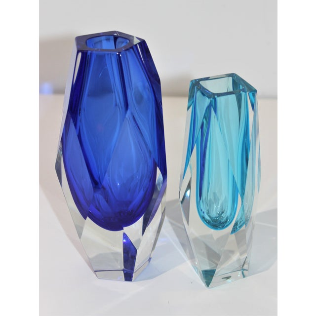 Murano Vintage Murano Artistic Cristal Vases in Turquoise and Cobalt Blue - a Set of 2 For Sale - Image 4 of 10