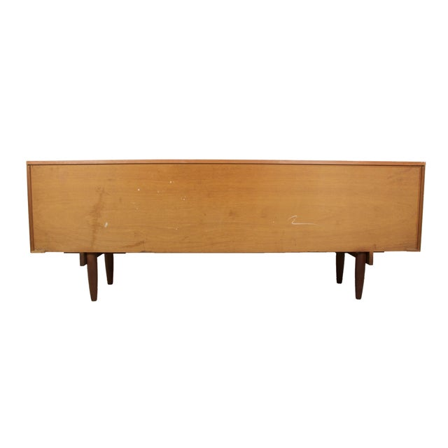 1960s English Mid-Century Modern Flame Teak Credenza For Sale - Image 6 of 7