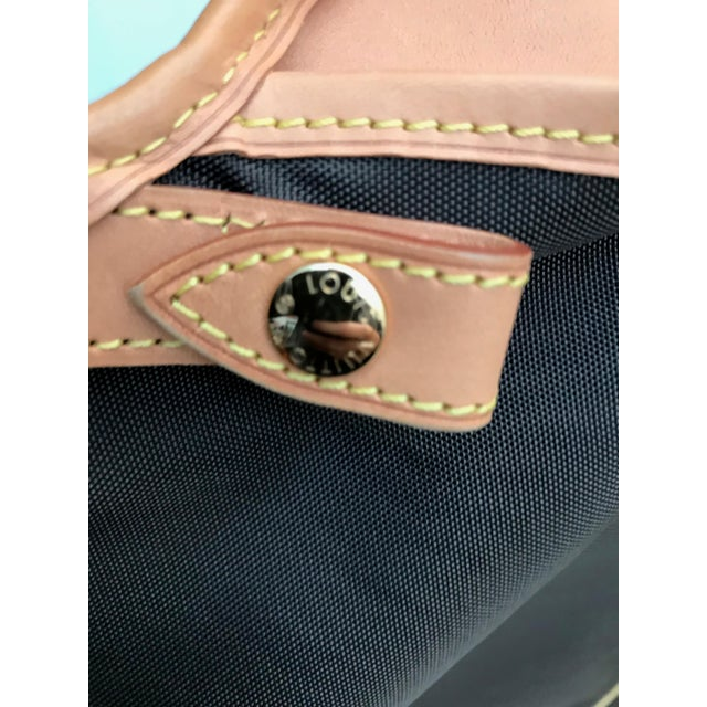 Vintage Louis Vuitton Garment Cover For Sale - Image 9 of 12