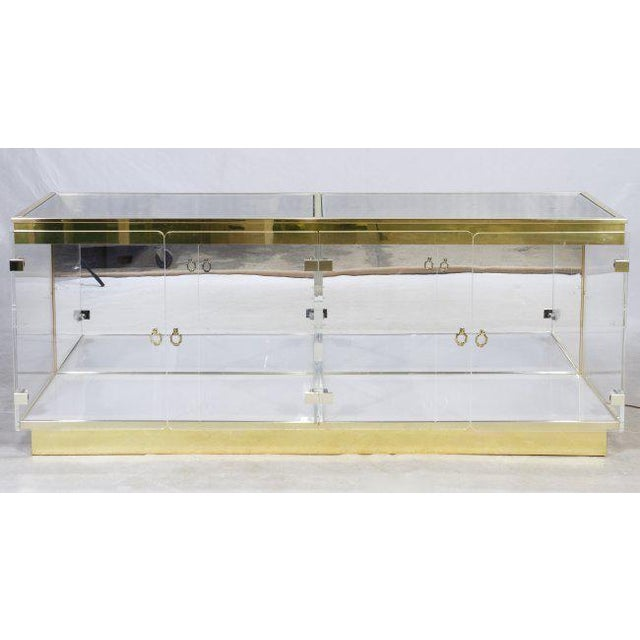 Mid-Century Modern Double Plexiglass Display Case Attributed to Mastercraft For Sale - Image 3 of 3