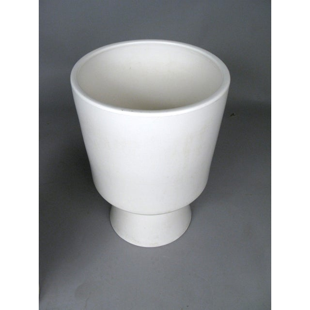 1960s Chalice Planters by Malcolm Leland for Architectural Pottery - a Pair For Sale In New York - Image 6 of 10