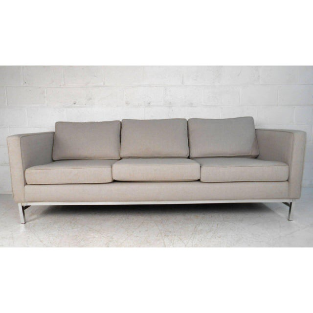 Mid-Century Modern Florence Knoll Style Sofa For Sale - Image 4 of 10
