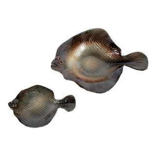 Pottery Flounder Bowls by Rosalie and Tom Nadeau - a Pair For Sale