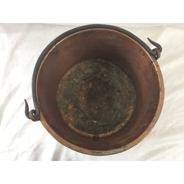 19th Century French Copper Medium Cauldron With Wrought Iron Handle For Sale - Image 6 of 7