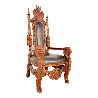 1980s English Traditional Mahogany Oversized Kings Throne Chair