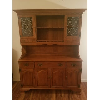 Ethan Allen Early American Solid Maple Hutch Preview