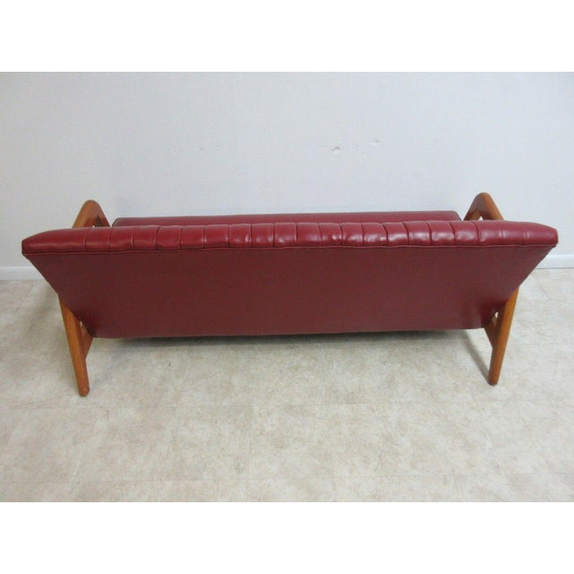 Vintage Heywood Wakefield Tufted Mid Century Sofa Settee For Sale - Image 10 of 11