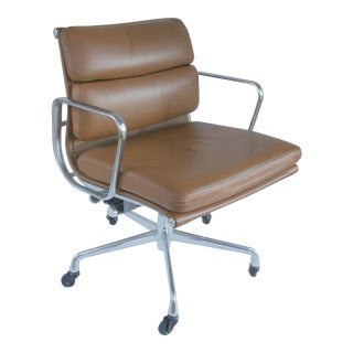 Eames Inspired Soft Pad Executive Leather Chair For Sale