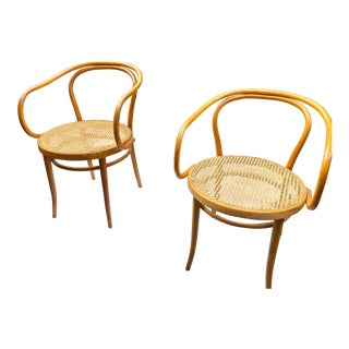 1960s Mid-Century Modern Thonet B-9 Corbusier Bentwood Cane Chairs - a Pair For Sale