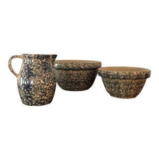 Vintage Robinson Ransbottom Art Pottery Spongeware Serving Pieces - 3 Piece For Sale