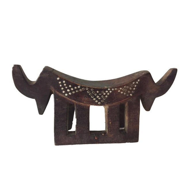 "Dinka Headrest W/ Metal Studs South Sudan 15"" W For Sale In New York - Image 6 of 7"