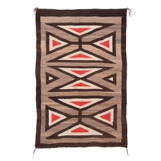 Vintage Early 20th Century Native American Style Navajo Regional Rug - 3′8″ × 5′7″ For Sale