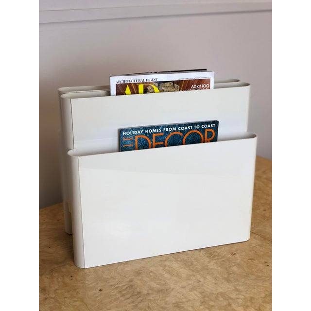We are very pleased to offer a modern magazine rack from Kartell designed by Giotto Stoppino, circa the 1970s. This...