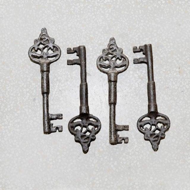 Black Iron Key Decor - Image 2 of 2
