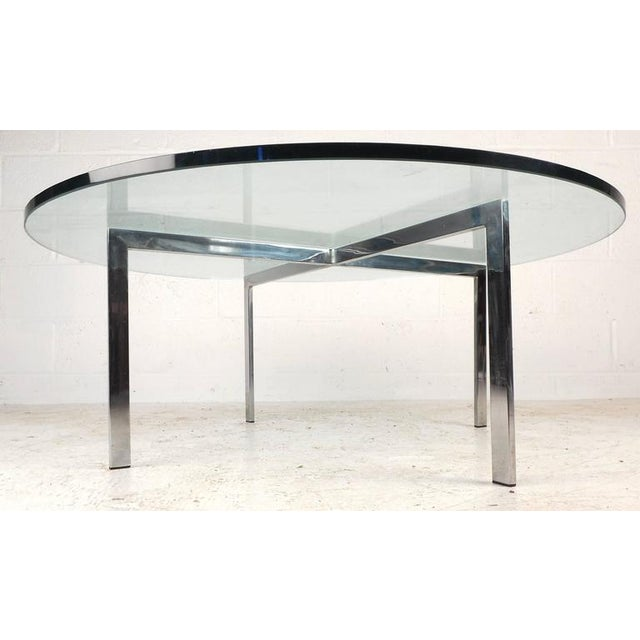 """Mid-Century Modern """"X"""" Base Circular Chrome Coffee Table For Sale - Image 4 of 6"""