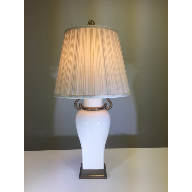 Chapman Table Lamp With Decorative Swan Motif - Image 2 of 5