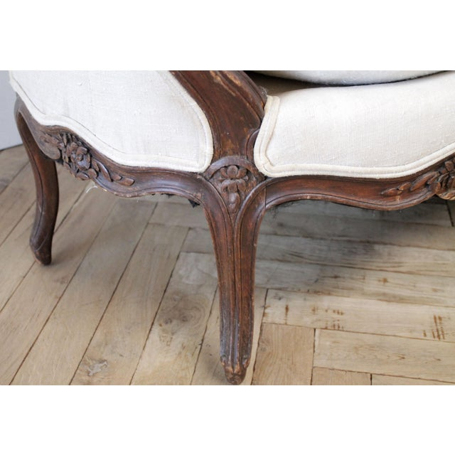 Late 19th Century Carved Walnut Sofa With Antique French Grainsack Upholstery For Sale - Image 12 of 13
