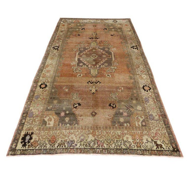 Vintage Turkish Sivas Rug with Modern Industrial Style For Sale - Image 4 of 9