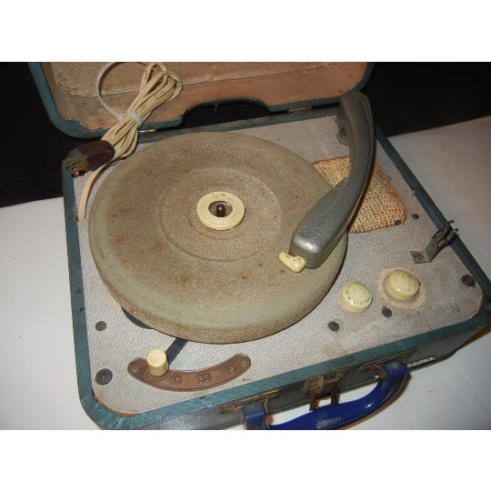 Vintage RCA Victor Record Player - Image 3 of 6