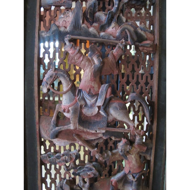Brown Chinese Qing Dynasty Polychrome Carved Wood 6 Panel Figural 6 Panel Screen For Sale - Image 8 of 9