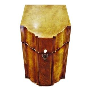 Early 19th Century Mahogany Knife Box For Sale