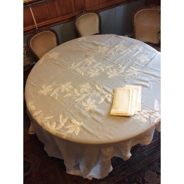 Antique Appliquéd Linen Tablecloth & Napkins - Set of 13 For Sale - Image 4 of 13