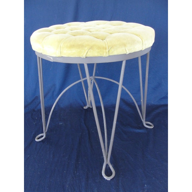 1960s Hollywood Regency Yellow Metal Wire Frame Vanity Stool For Sale - Image 4 of 7