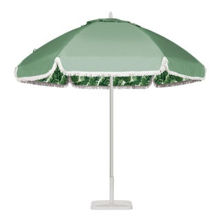 Beverly Hills Poolside 9' Patio Umbrella, Kelly Green & White For Sale