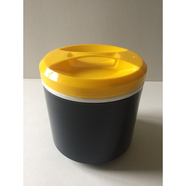Vintage Italian Blue & Yellow Plastic Ice Bucket - Image 2 of 9