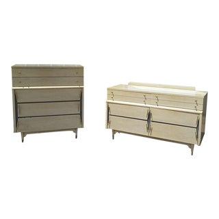United Furniture Corp. Mid-Century Modern Dresser Set For Sale