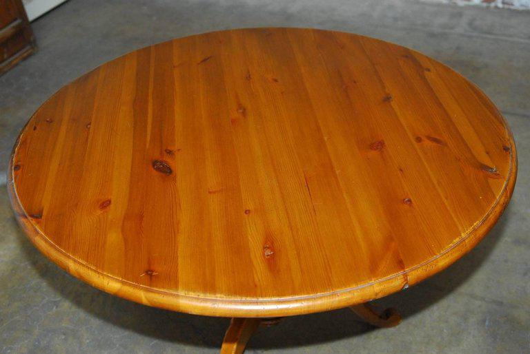Rustic English Country Round Pine Pedestal Dining Table For Sale   Image 3  Of 10