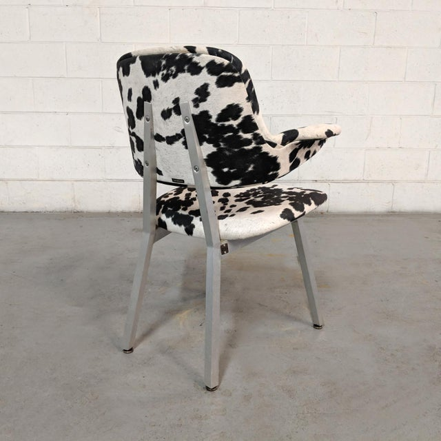 Shaw Walker Mid Century Modern Shaw Walker Faux Cowhide & Aluminum Chair For Sale - Image 4 of 11
