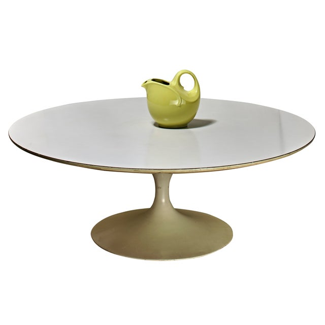 Vintage pottery not included. This original Saarinen table has been in storage for over a quarter of a century. Still...
