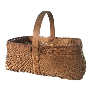 Early 20th Century American Splint Oak Gathering Basket For Sale