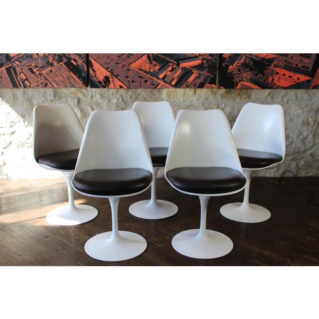 Plastic Contemporary Eero Saarinen for Knoll Tulip Dining Chairs - Set of 5 For Sale - Image 7 of 7