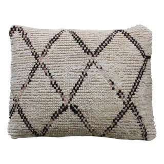 Diamond-Patterbed Moroccan Beni Ourain Pillow For Sale