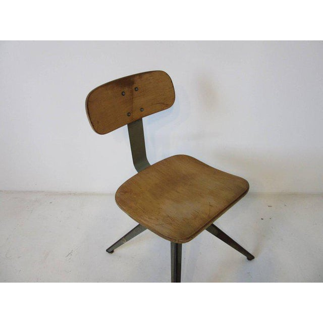 1950s Splayed Leg Industrial Desk Chair in the Style of Prouve or Olsen For Sale - Image 5 of 6