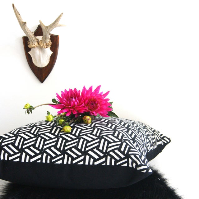 Miles Redd Tumbling Blocks Geometric Schumacher Pillow Cover For Sale In Portland, OR - Image 6 of 8