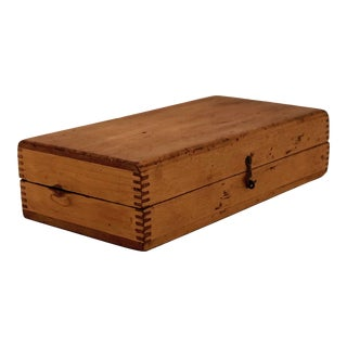 Blonde Wood Latched Box With Jointed Corners For Sale