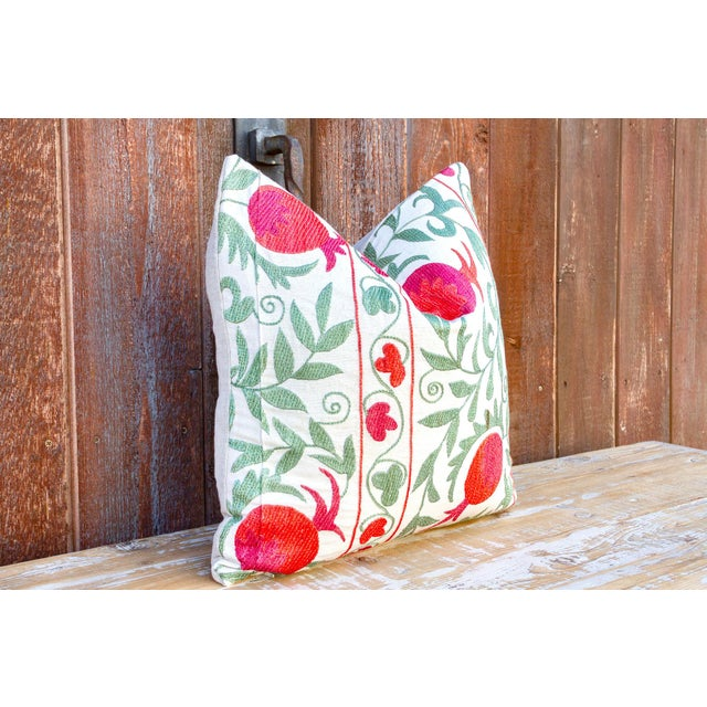 Pomegranate & Green Ivy Uzbek Suzani Pillow For Sale In Los Angeles - Image 6 of 10